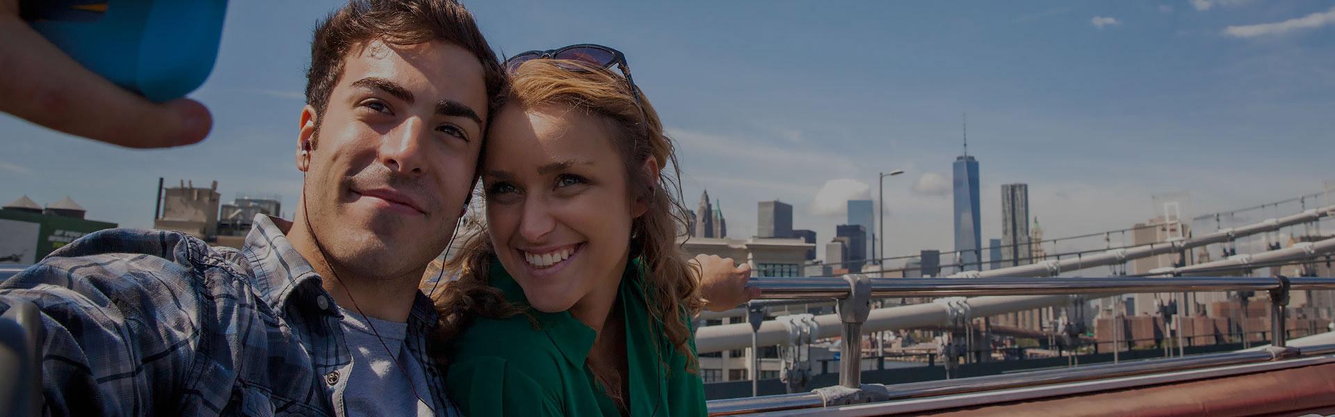 Couple on New York bus tour