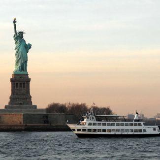 Downtown Loop + Statue of Liberty & Ellis Island Ferry