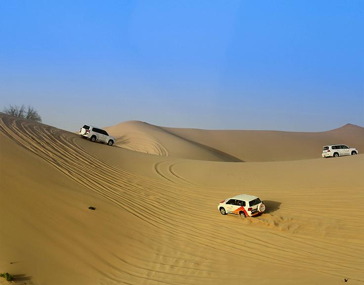 Jeep-Safari in der Wüste von Abu Dhabi