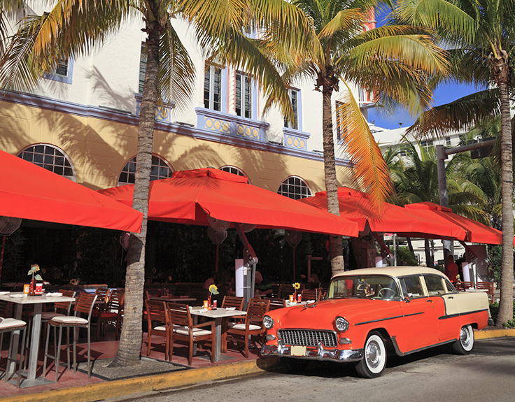 Restaurants on Ocean Drive, Miami