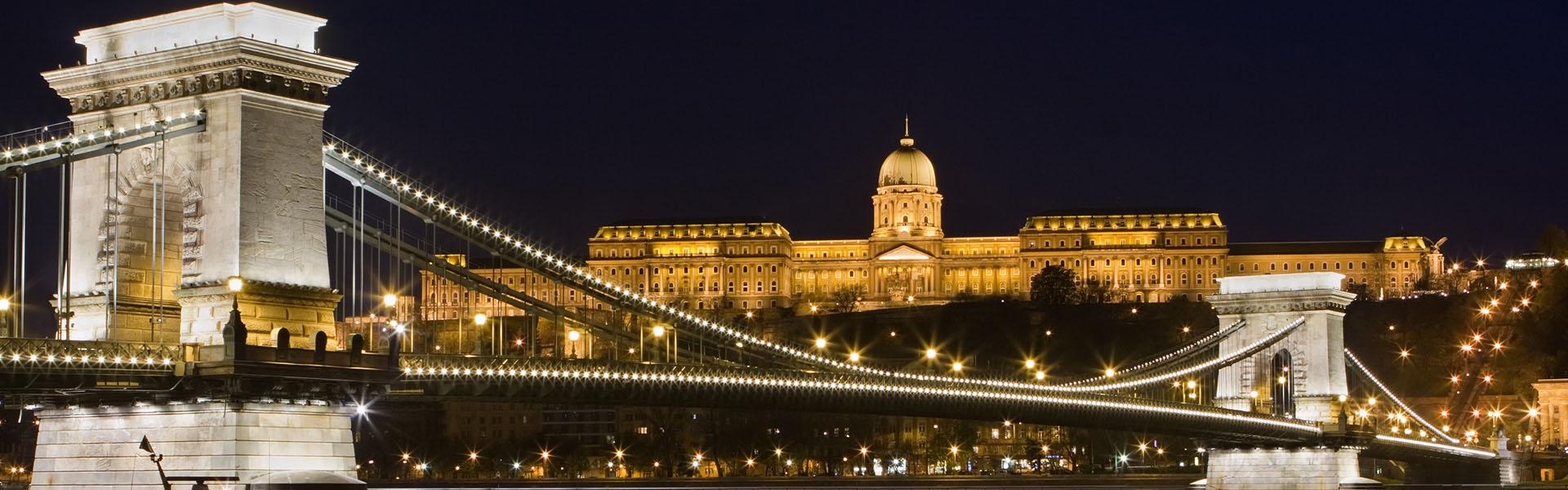 Puente De Las Cadenas Atracciones Budapest Big Bus Tours