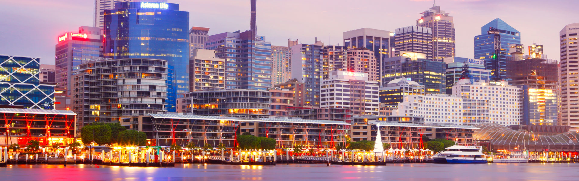 Sunset in Darling Harbour in Sydney