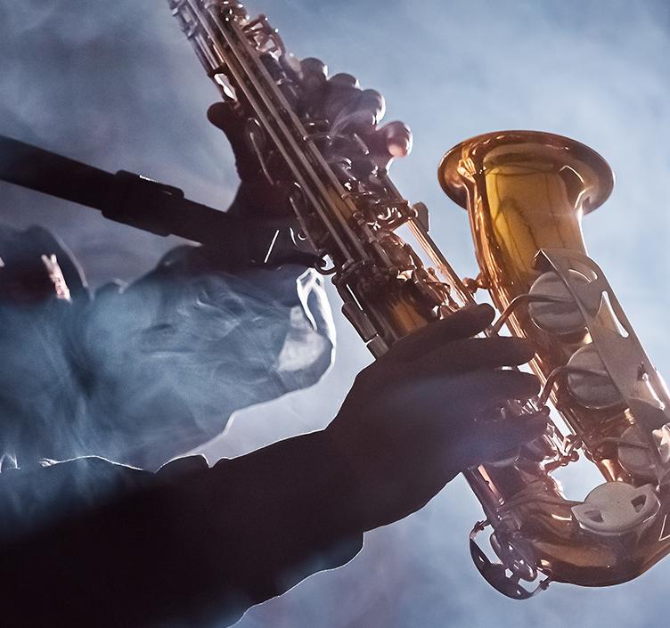 Jazz player playing the saxophone