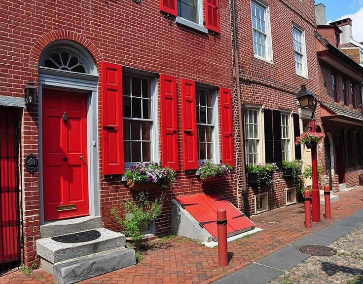 Elfreth's Alley in Philadelphia