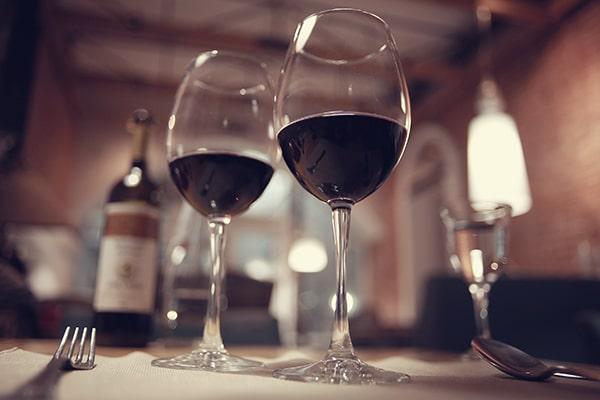 En soirée-bars à vin