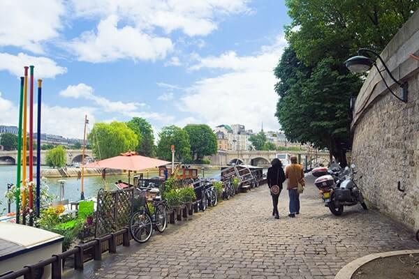 The Seine banks