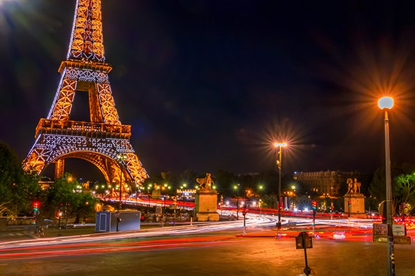 Reserve un tour nocturno por París