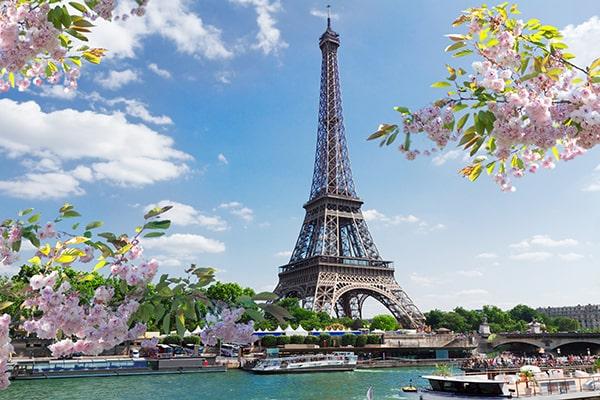Faites l'ascension de la tour Eiffel
