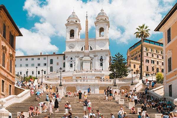 Las escalinatas de la Plaza de España