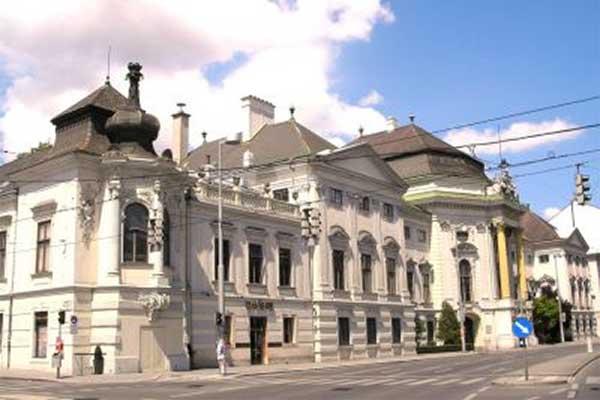 Auersberg Palace