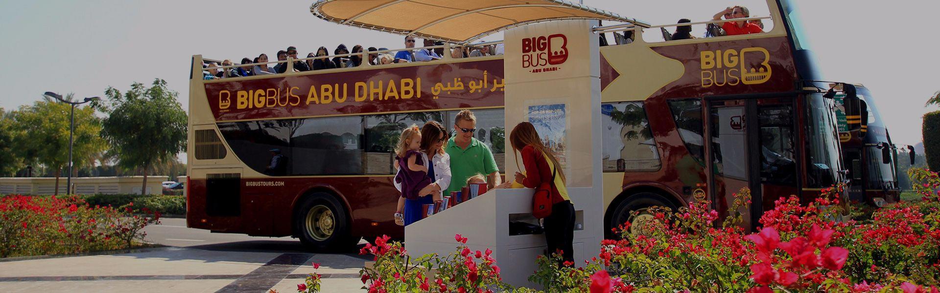 Bus und Personal in Abu Dhabi