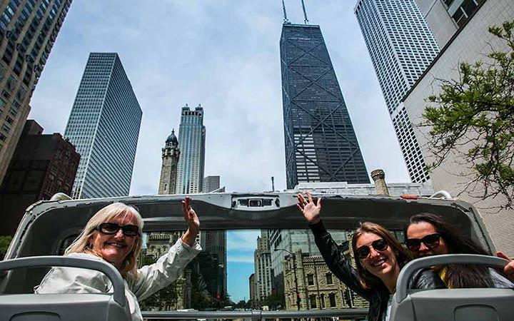 Women enjoying Big Bus Tours Chicago
