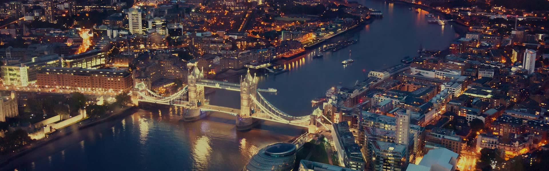 Vista aérea del Puente de la Torre de Londres