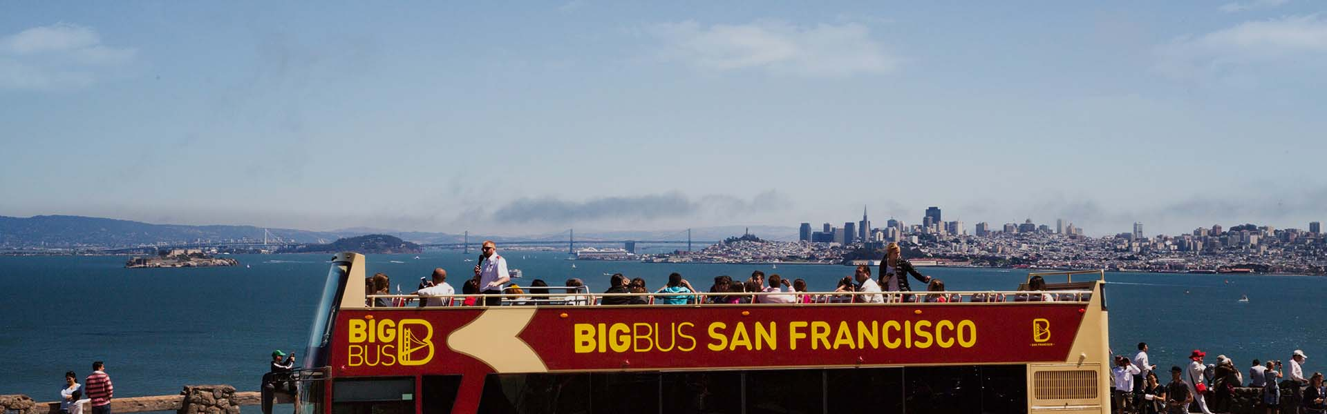 Open-top sightseeing tour in San Francisco