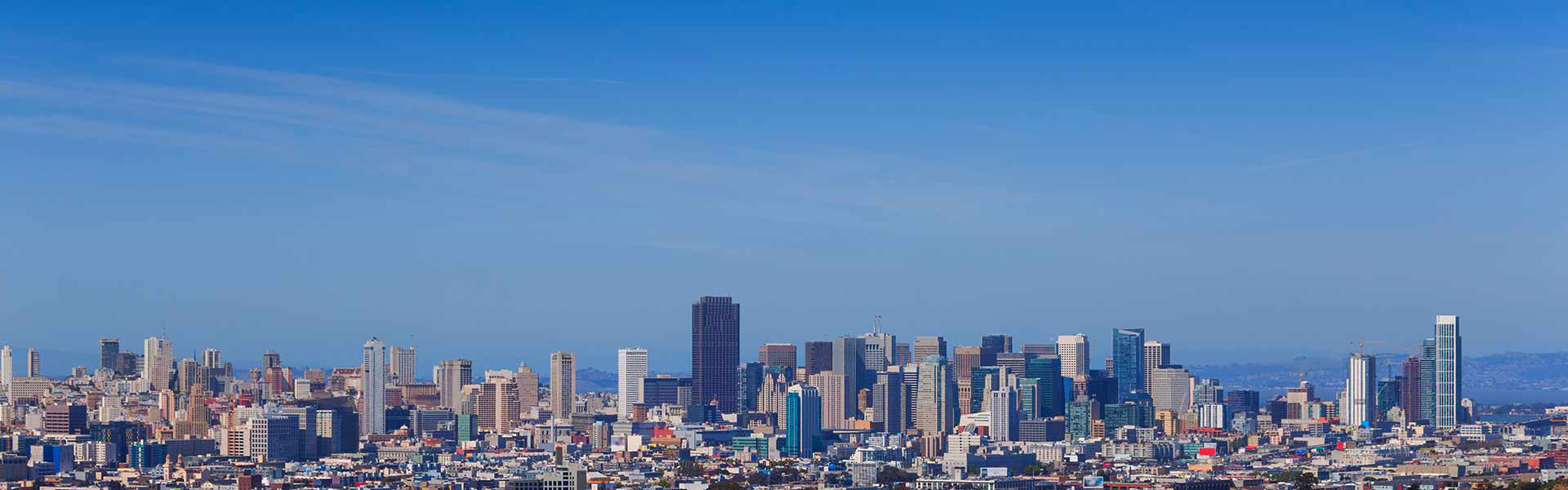 View od San Francisco skyline in afternoon