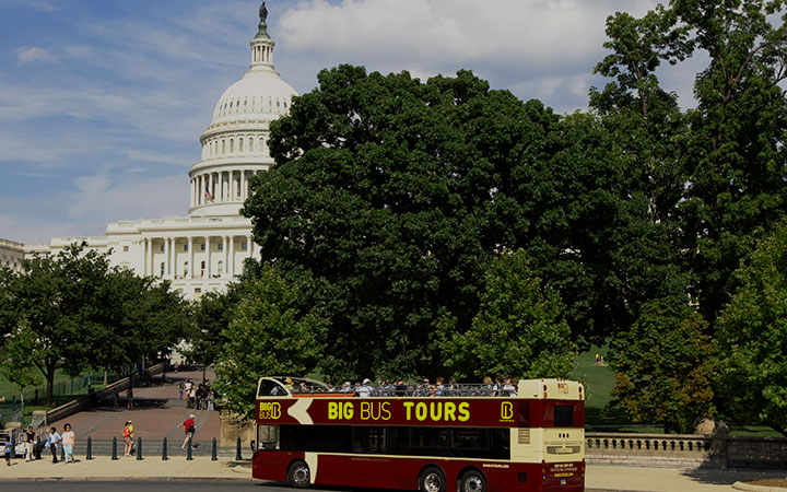 Big Bus Tours outside White House, Washington DC